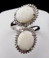 Prsten z bílého zlata, opály a brilianty (1).JPG
