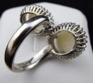 Prsten z bílého zlata, opály a brilianty (4).JPG