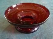 Miska z rubínového skla