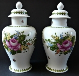 Párové vázy s víčky - Unterweissbach