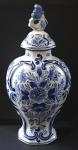 Váza s víčkem fajánsová - Delft