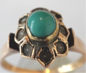 Gold ring with river pearls and turquoise