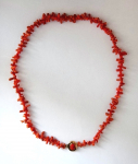 Necklace of red coral with gold buckle