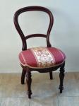 Pár židlí