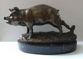 Pig statue - Bronze