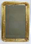 Zlacené zrcadlo z období druhého rokoka