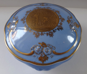 Light blue bowl with gilded relief - Gloria