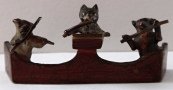 Kočka a dva psi, muzikanti - vídeňský bronz