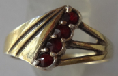 Silver gilded ring, with four garnets