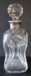 Skleněný flakon, lahvička, se stříbrným hrdlem