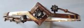 Zlatý náramek s diamanty a jemným gravírováním - Vídeň