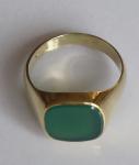 Zlatý prsten, čtvercový chryzopras