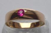 Zlatý prstýnek, růžový kamínek - šperkař A. S.