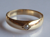 Golden diamond ring - 0.10 ct