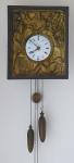 Biedermeierové hodiny, nástěnné, s figurálním motivem pijáků