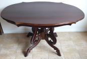 Mahagonový oválný stůl s profilovanou deskou - Louis Philippe