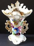 Malá porcelánová vázička, malované květy - druhé rokoko
