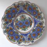 Malovaný fajánsový talíř, modré květy - Úředníček, Tupesy