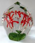 Těžítko s pěti červenými kvítky a vzduchovými bublinami