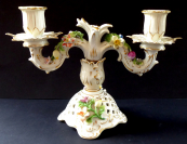 Porcelánový svícen v rokokovém stylu - Drážďany