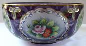 Mísa z fialového skla a malovanými květinami