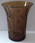 Art deko váza, světle hnědé sklo