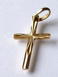 Zlatý malý přívěsek - křížek