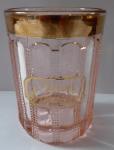 Sklenička z růžového skla, zlatým okrajem - Zum Andenken