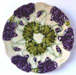 Secesní talířek s fialovými květy - Schütz, Cilli