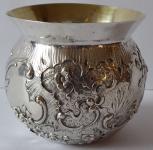 Miska stříbrná s rokokovým reliéfním ornamentem - Hanau