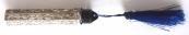 Gravírovaný stříbrný flakon, černý uzávěr, modrý střapec