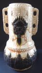 Secesní keramická váza, reliéfní ornament a medailon