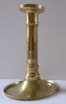 Menší mosazný svícen, spodní miska - 19. století
