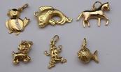 Šest zlatých přívěsků - zvířátka