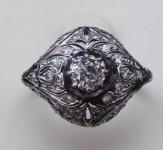 Art dekový prsten z bílého zlata, brilianty 0,80 ct
