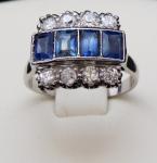 Prsten se čtyřmi modrými safíry a osmi brilianty