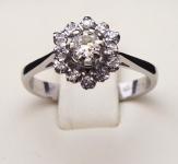 Prsten z bílého zlata, kytička - 0,30 ct brilianty