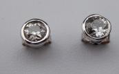 Kruhové diamantové náušnice, bílé zlato - 1,0 ct