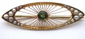 Zlatá brož s drátky, vltavínem a říčními perličkami