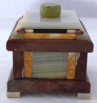 Schránka s víčkem - různobarevný mramor