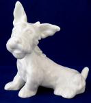 Bílý porcelánový teriér, s mašlí - Slavkov