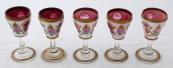 Pět likérových malovaných skleniček - mléčné a růžové sklo
