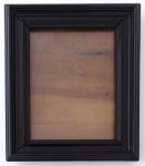 Dřevěný černý rámeček na fotografii, se stojánkem