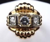 Prsten ze žlutého a bílého zlata, s brilianty