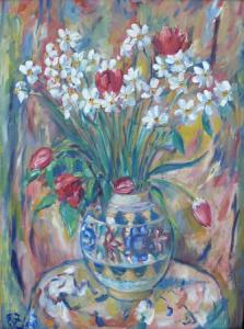 Narcisy a tulipány ve váze