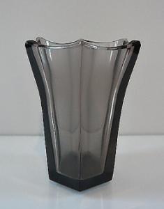 Váza šestiboká