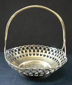 Prořezávaný stříbrný košíček - Rusko