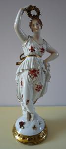 Dívka s květinovým věnečkem - Německo (1).JPG