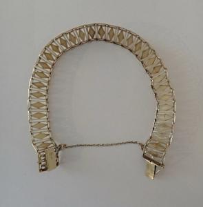 Jemný zlatý článkový náramek s kosočtverci (2).JPG