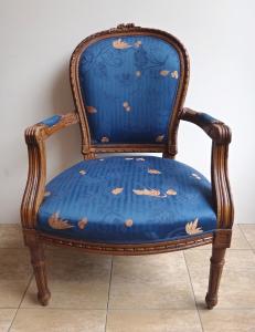 Křeslo v rokokovém stylu - Modré čalounění (1).JPG